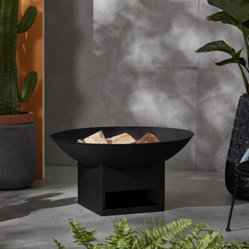 ou trouver brasero jardin moderne noir design pied carré