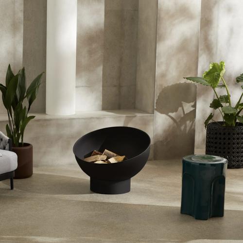 ou trouver brasero jardin moderne style cocon noir