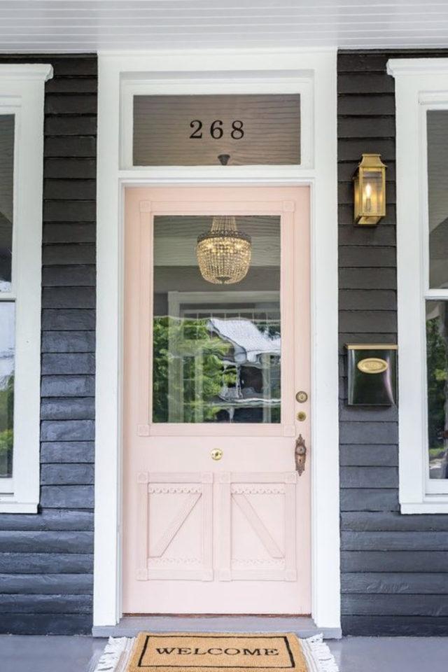 porte entree peinture rose exemple façade gris anthracite féminine
