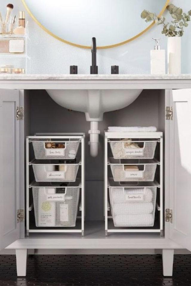 rangement meuble vasque organisation exemple petit tiroir appoint en plastique