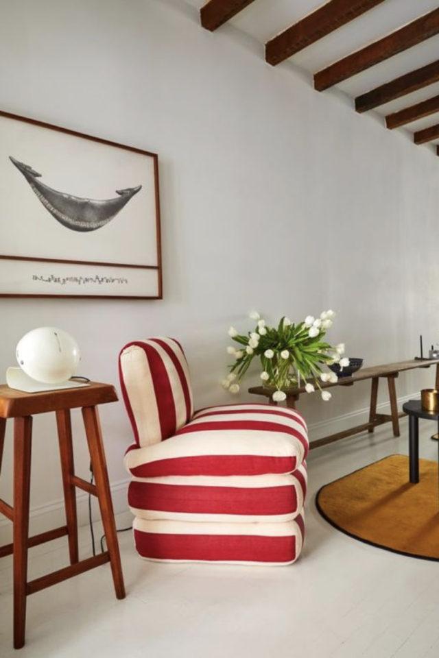 textile rayures style french riviera petit fauteuil couleur solaire rouge et blanc