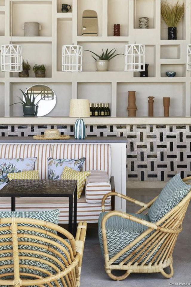 textile rayures style french riviera salon séjour canapé rouge et blanc