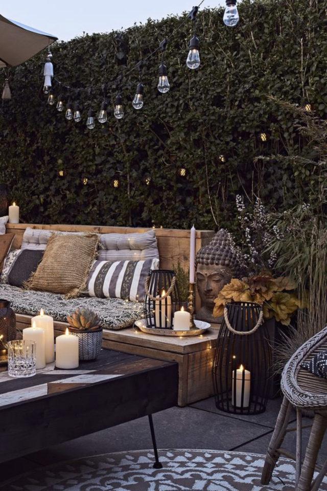 amenagement exterieur banquette confortable canapé récup palette confort convivialité repos vacances
