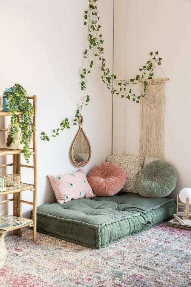 coussin de sol decoration salon moderne coin lecture facile simple rapide vert plantes