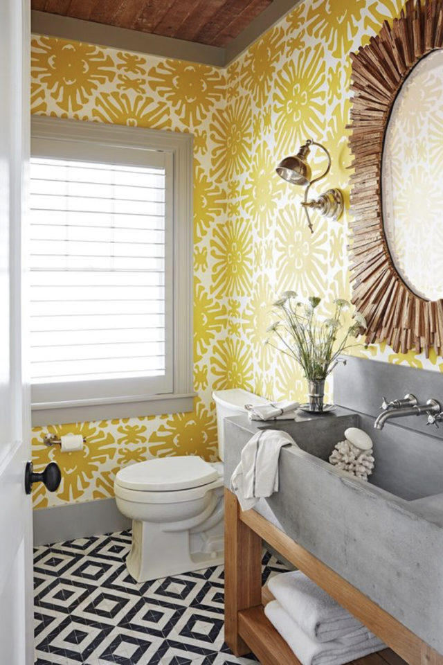 decoration murale motif jaune toilettes WC gris blanc
