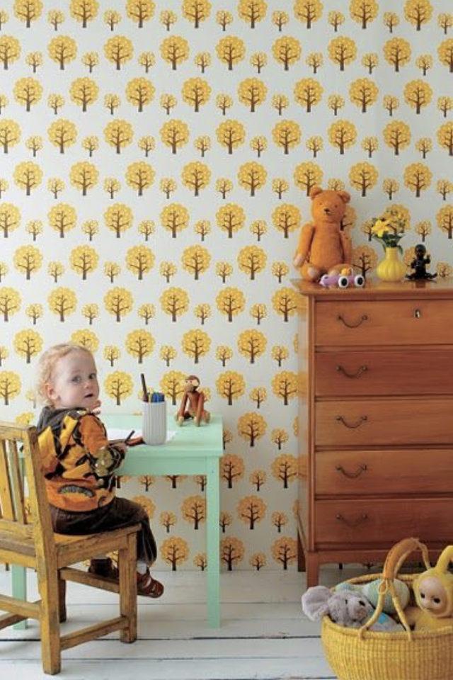 decoration murale motif jaune papier peint chambre enfant motif rétro
