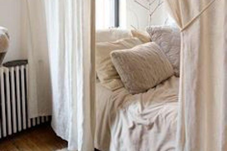 inspiration interieur douceur et confort chambre à coucher salon coussin couleur claires