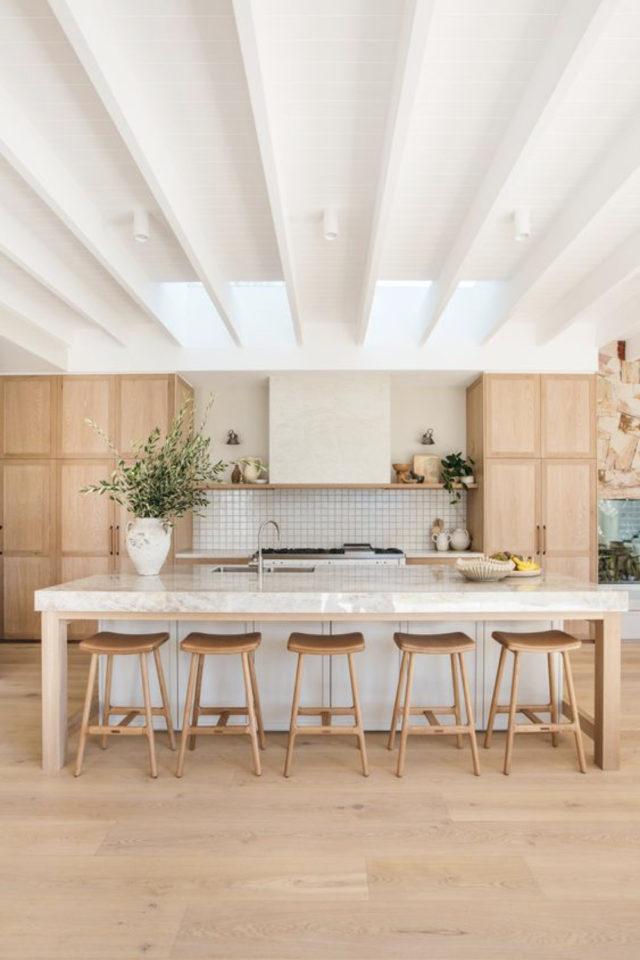 tabouret ilot cuisine moderne 5 places assises bois espace de vie famille