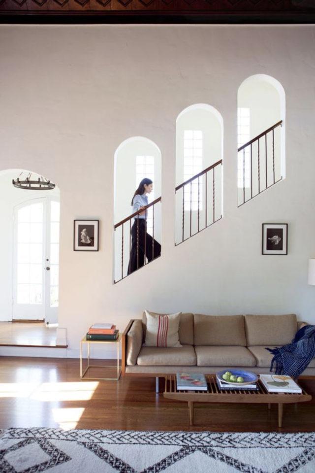 escaliers ouvert salon sejour exemple décor moderne et original niche