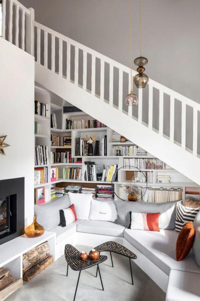 exemple amenagement escaliers ouverts salon création bibliothèque aménagement pratique