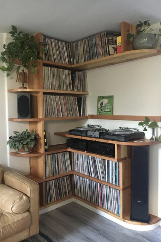 exemple decoration meuble platine vinyle mobilier angle sur mesure tourne disque