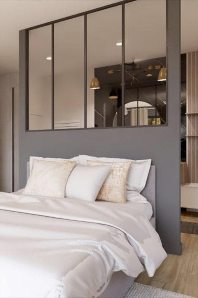exemple verriere moderne chambre tête de lit soubassement gris peinture petit mur