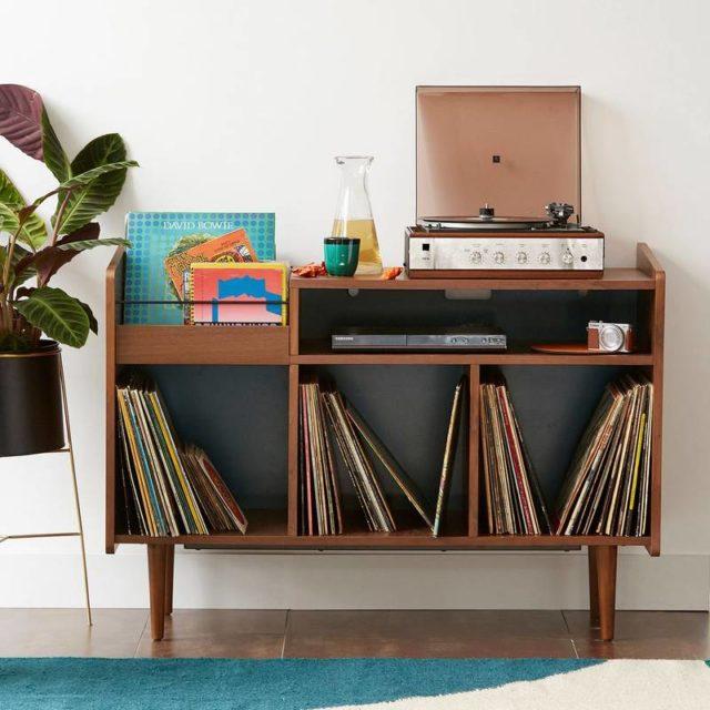meuble rangement vinyle bois et vert pratique