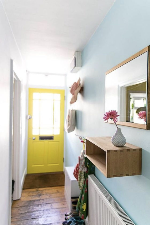 exemple couleur couloir longueur entrée porte jaune lumineux