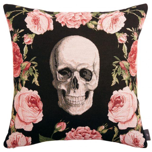 deco rock idee shopping coussin rétro tête de mort et rose