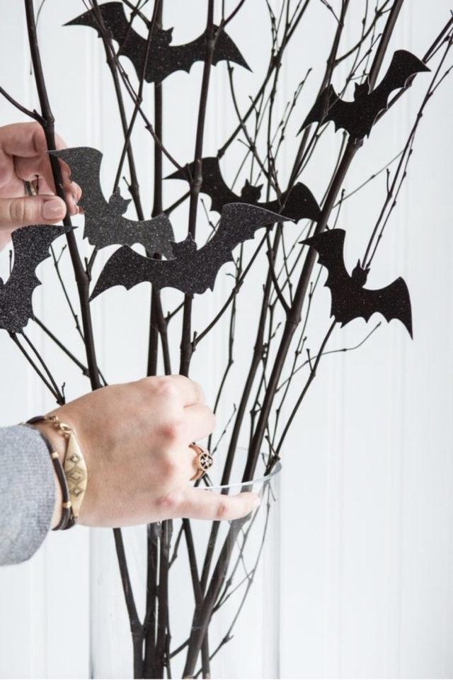 halloween exemple deco diy branche facile à faire chauve souris