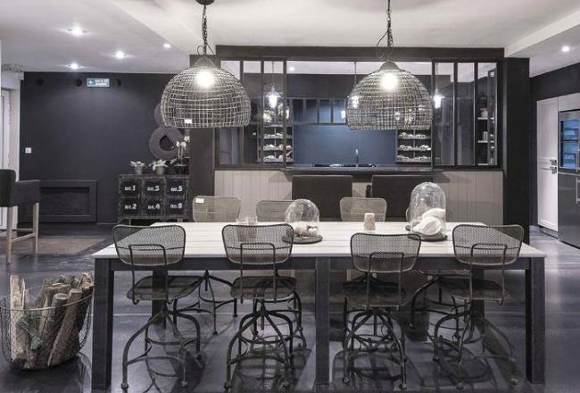 cuisine longue et etroite stunning ce type de plan correspond bien la pice longue et troite une. Black Bedroom Furniture Sets. Home Design Ideas