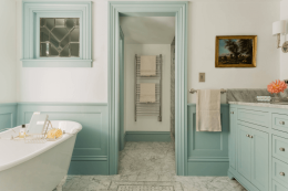 peinture salle de bain vert deau sousbassement