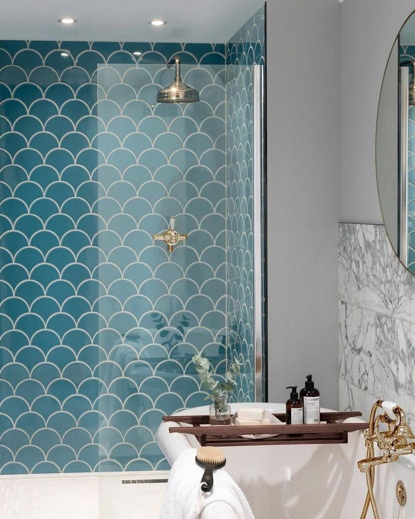 carrelage salle de bain ecaille poisson bleu