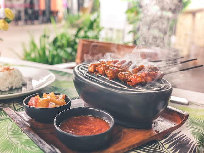 jardin deco exterieur idee barbecue plancha