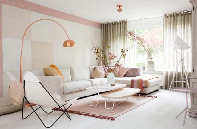 salon rose et blanc decoration murale graphique