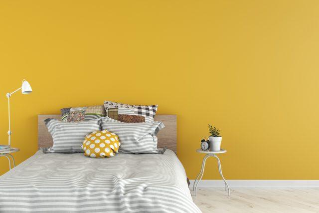 chambre jaune peinture gris et blanc