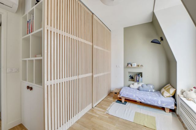 chambre claustra bois dressing