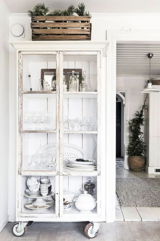 deco brocante armoire parisienne 1