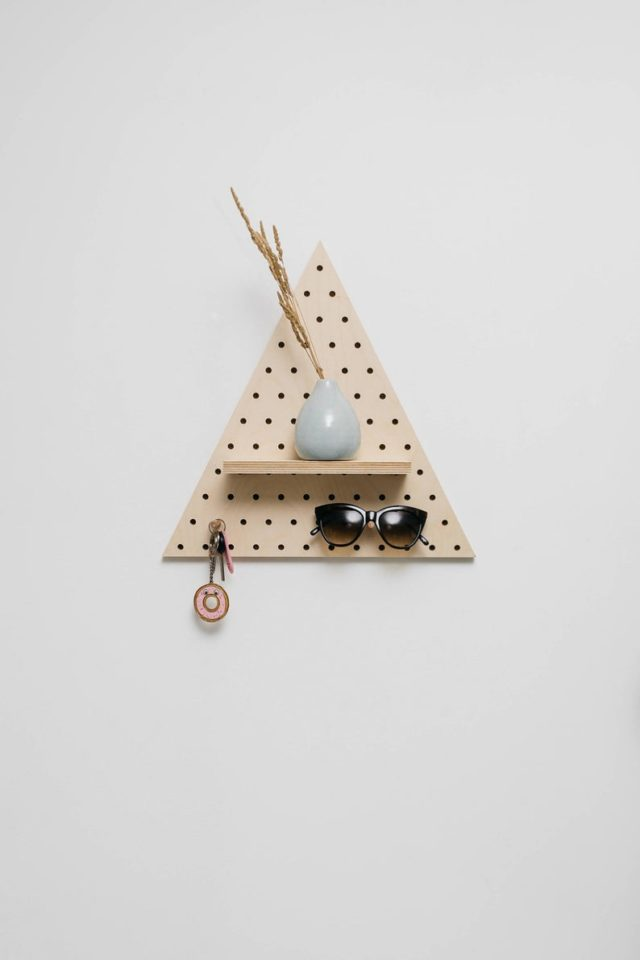 pegboard triangle made in france