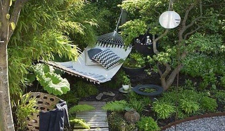 inspiration deco au quotidien printemps jardin bonne humeur couleur hamac bien etre