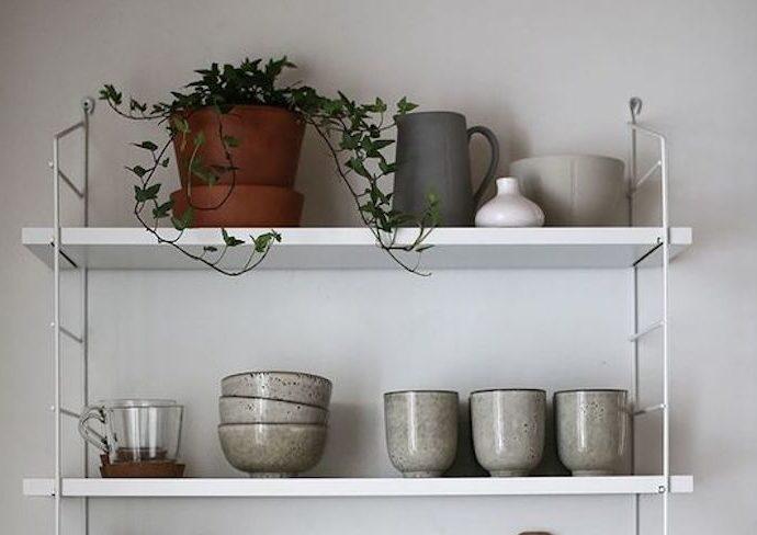 solution etagere petite cuisine string design blanc leger aérien decoration